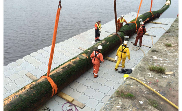 pontoon pipe work